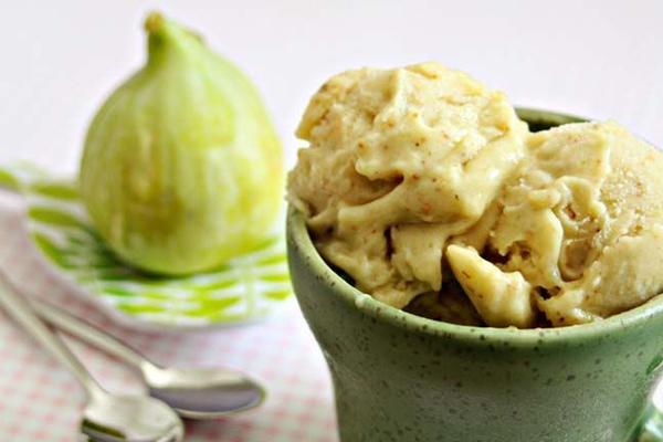 Gelado de Figo e Iogurte