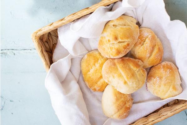 Pão com 2 ingredientes