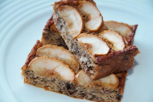bolo de banana e maçã